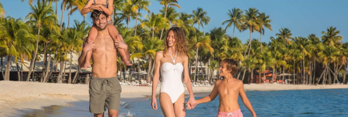 Take a family stroll on our golden beaches of La Caravelle