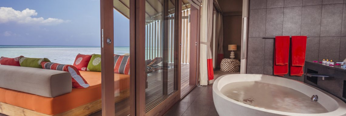 Club Med Kani, Maldives - Open air bathroom and panoramic view
