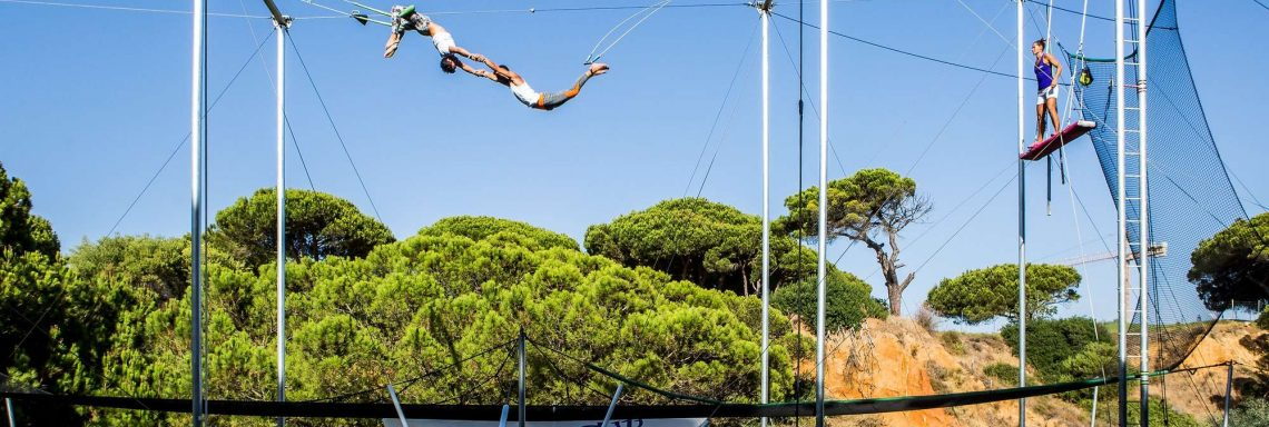 Club Med Magna Marbella - Test your acrobat skills and experience adrenaline