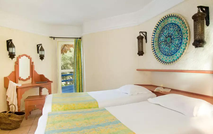 Club_Med_turquie_Europe___Cotes_Mediterraneennes_Kemer_37444-chambre3