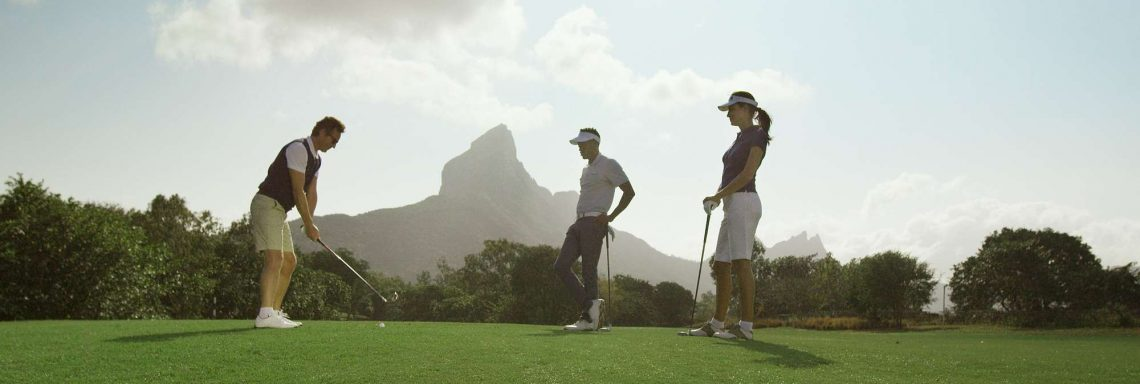 Club Med Albion Plantation, Mauritius - Golfers around a hole